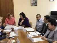 Уполномоченный по правам человека в Саратовской области Т.В. Журик провела круглый стол на тему: «Семейное насилие. Последствия декриминализации побоев»