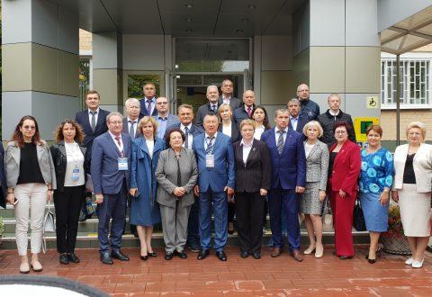Участники международной научно-практической конференции «Права человека – индикатор современного развития государства» посетили  Энгельсский дом-интернат для престарелых и инвалидов
