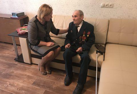 Татьяна Журик встретилась с  участником  Великой Отечественной войны, которому при содействии федерального Уполномоченного удалось  улучшить жилищные условия