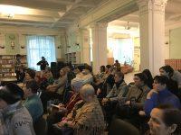 Жителям Саратова рассказали о психологических аспектах ухода за пожилыми родственниками