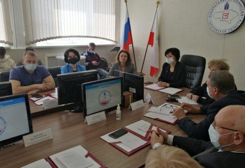 В Аппарате Уполномоченного по правам человека в Саратовской области работает «горячая линия» по работе с обращениями граждан